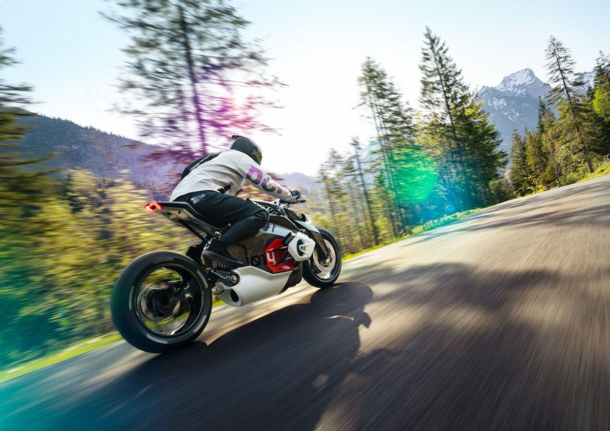 BMW MOTORRAD VISION DC ROADSTER on Behance in 2020