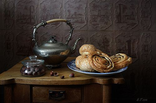 35PHOTO - Елена Татульян - С булочками и орехами