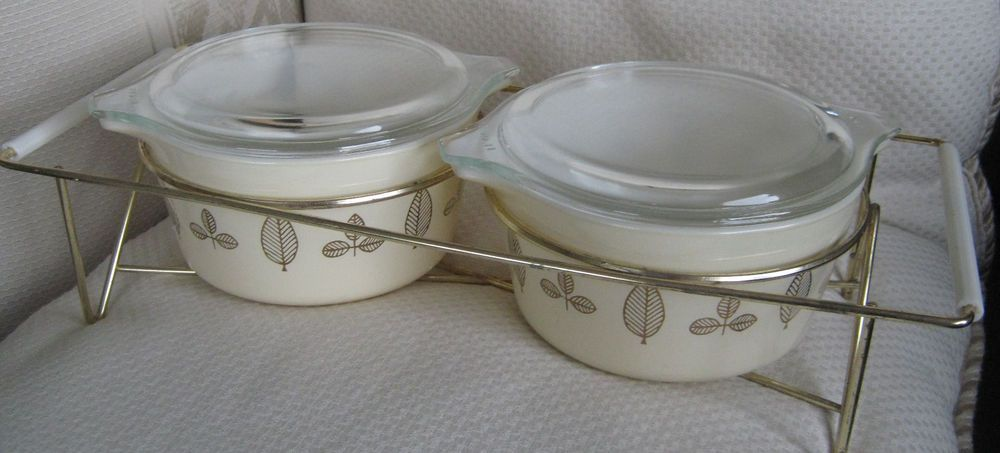Pyrex Golden Honeysuckle Casserole Baking Dish  Pyrex 033  Pyrex White Gold Leaf Design