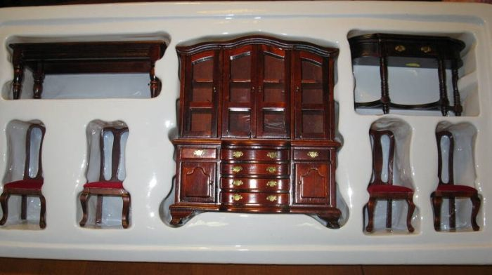 Miniature Dollhouse Furniture For Sale In Nanaimo British Columbia
