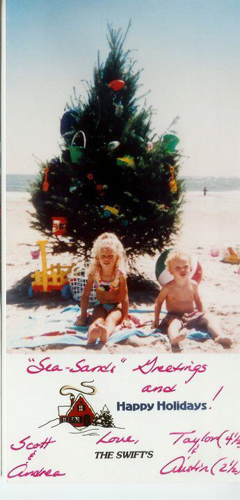 I Love The Swift Family Little Taylor And Austin Are So Cute Taylor Swift Christmas Young Taylor Swift Taylor Swift Pictures