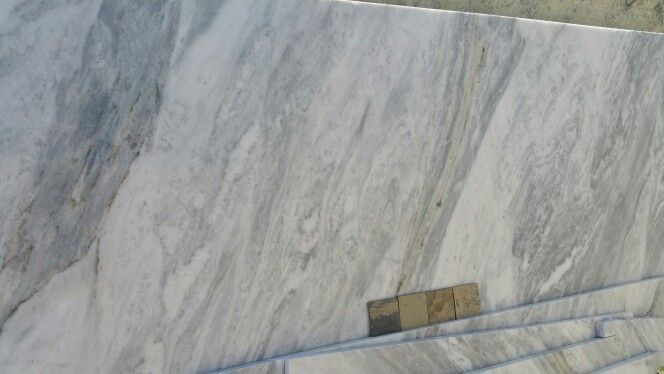 Shadow Storm Olympus Marble With Autumn Slate Tile 4x4s