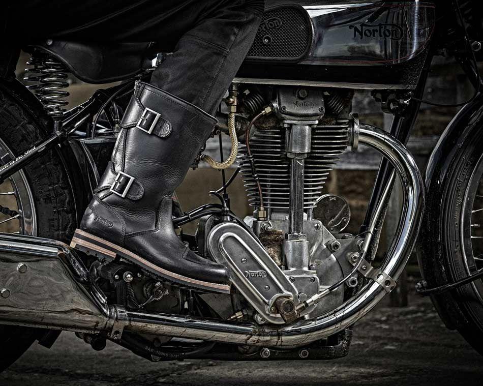norton zip schwarze herren bikerstiefel in premium leder norton biker boots xmas pinterest. Black Bedroom Furniture Sets. Home Design Ideas
