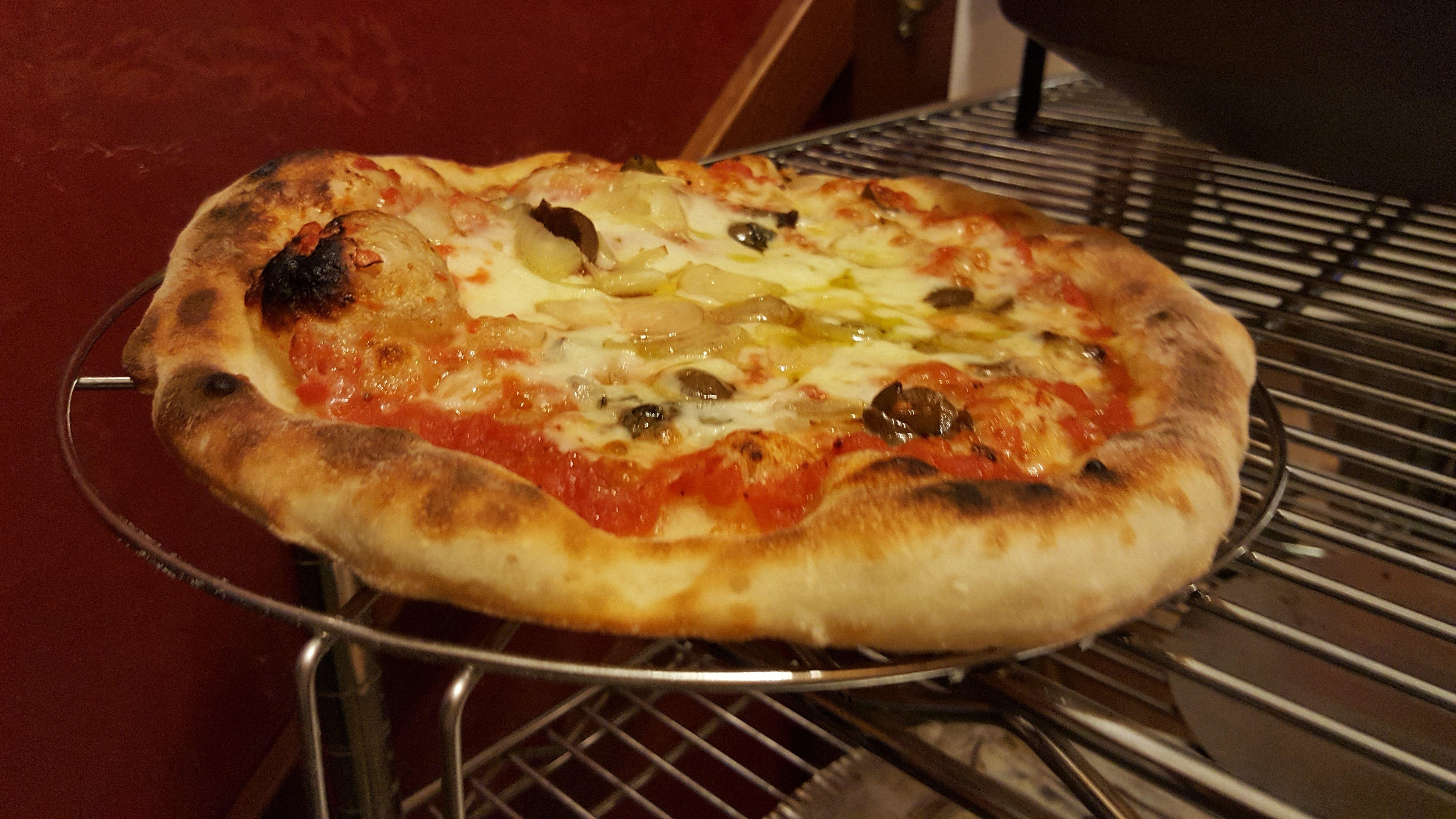 Ricetta Pizza Napoletana Viva La Focaccia.Ricetta Pizza Napoletana Semplice In 5 Minuti Al Giorno Vivalafocaccia Ricetta Ricette Pizza Ricette Pizza Napoletana