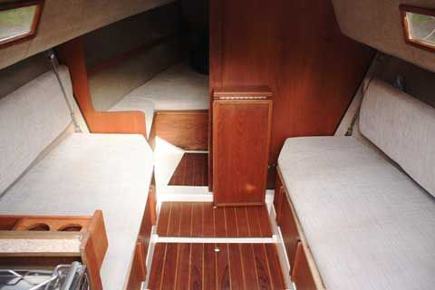 Hunter 23, 1985, Ellington, Connecticut, sailboat for sale from