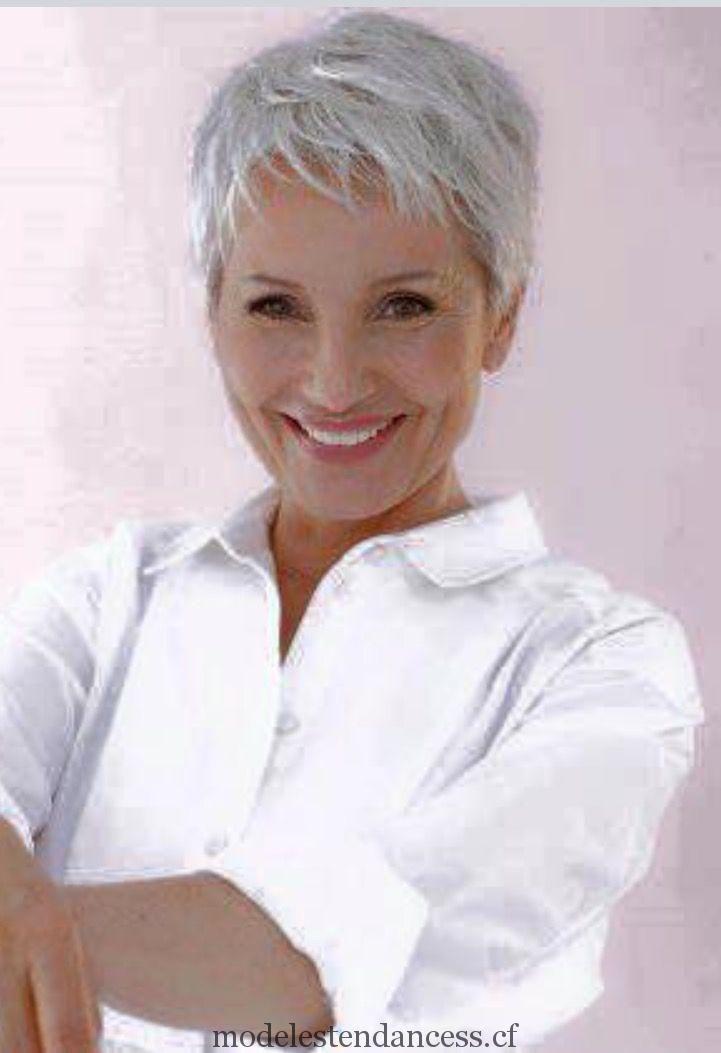 Coupe cheveux court pour cheveux blancs