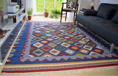 Todos sabemos el mantenimiento que tienen las alfombras - Como limpiar alfombras en casa ...