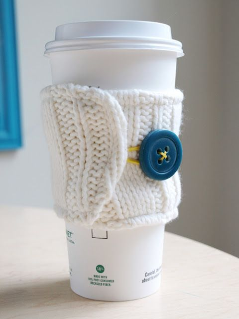 Lovely gift idea: No-Knitting Coffee Cozy