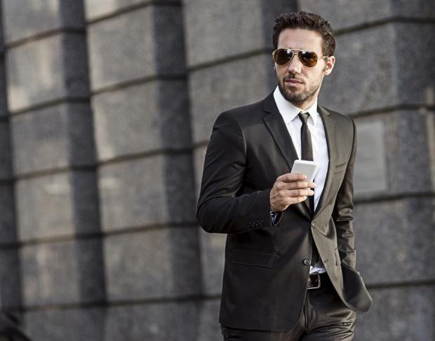 4 بدل رسمية رجالية لا غنى عنها Luxury Life Amwal Business Man Stock Images Free Stock Photos