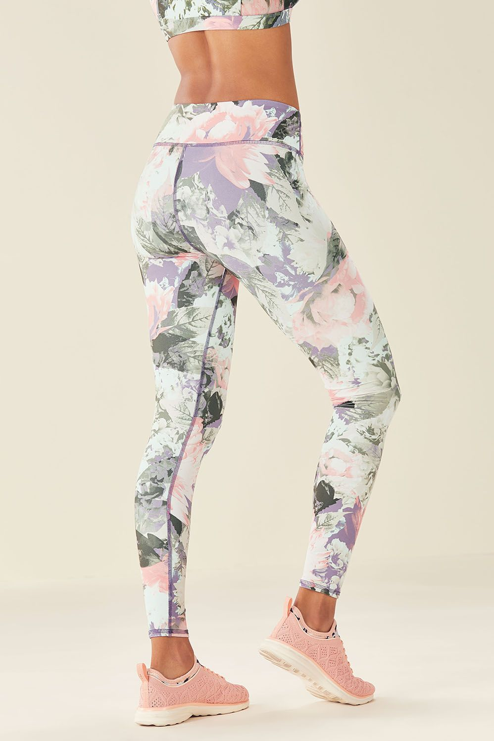 MidRise Printed PowerHold® Legging Tops for leggings