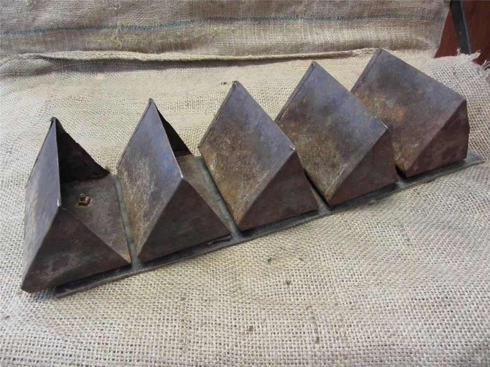 Vintage Conveyor Belt With Metal Buckets Gt Antique Old