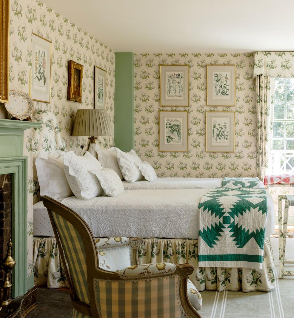 A Charming 18thCentury New England Farmhouse (With