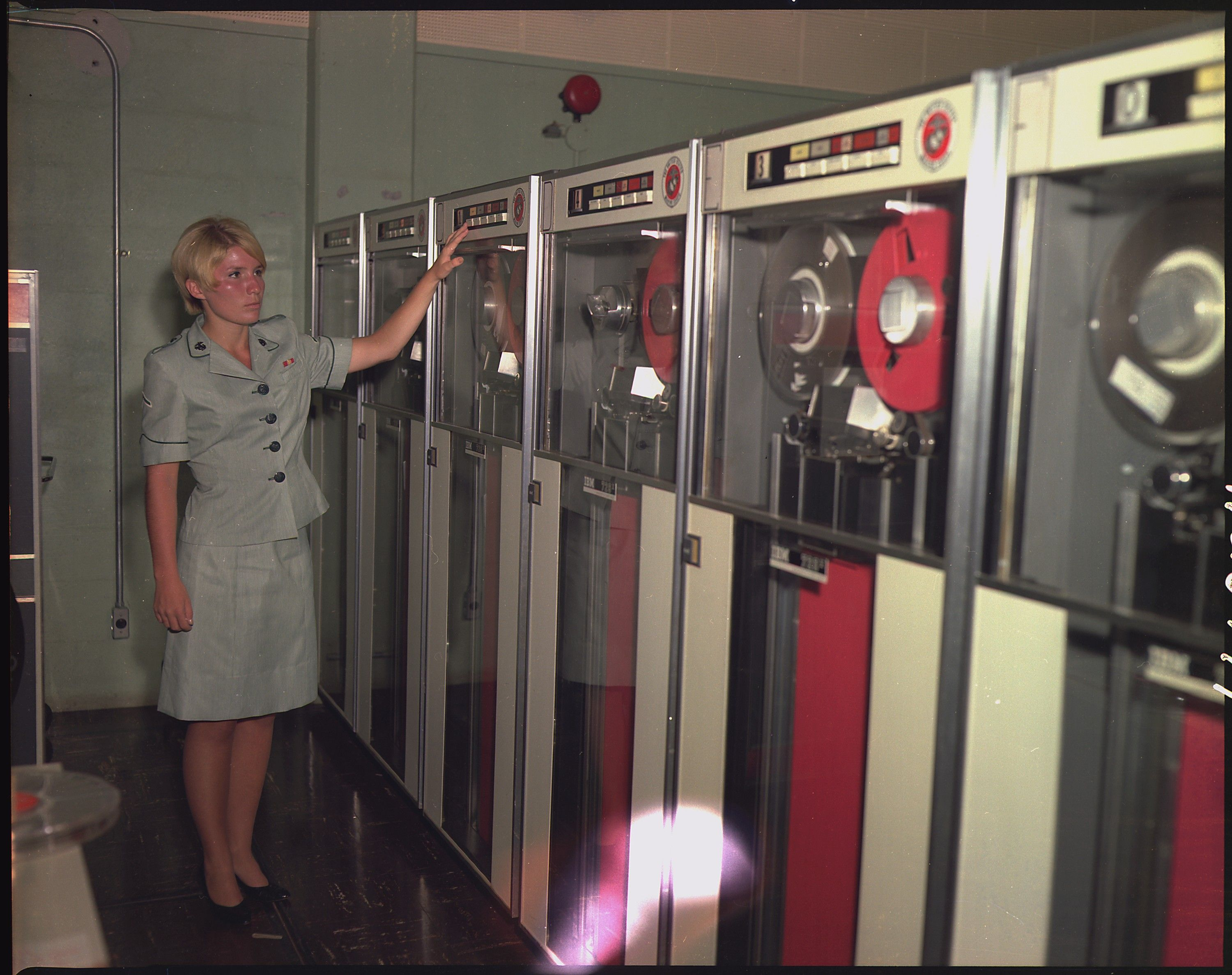 Pfc Patricia Barbeau Operates A Tape Drive On The Ibm 729