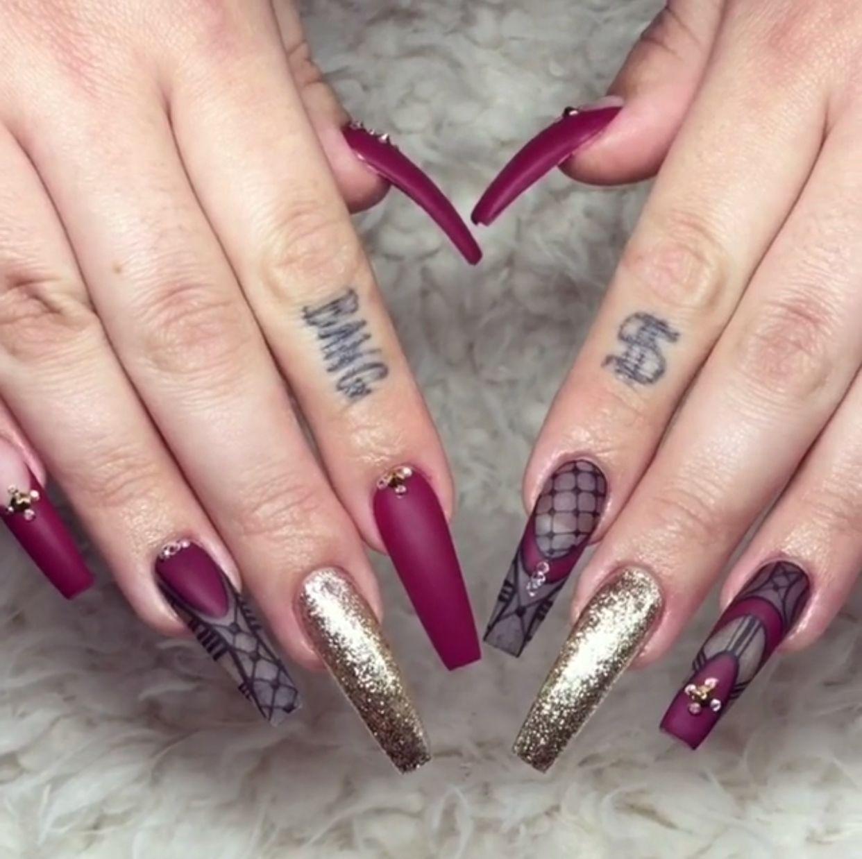Long Cute Matte Burgundy Gold Glitter Coffin Nails