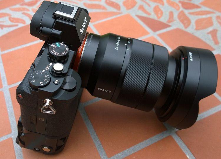 Sony Fe16 35mm F4 Za Oss Vario Tessar T Lens Soundimageplus Camera Accessories Nikon Sony Photography Gopro Photography