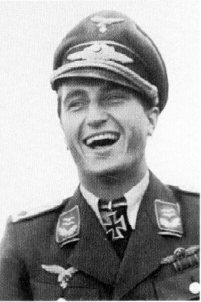 98941170ebc2fb Walter Nowotny The Third Reich, Luftwaffe, Air Force, Ww2, Captain Hat,