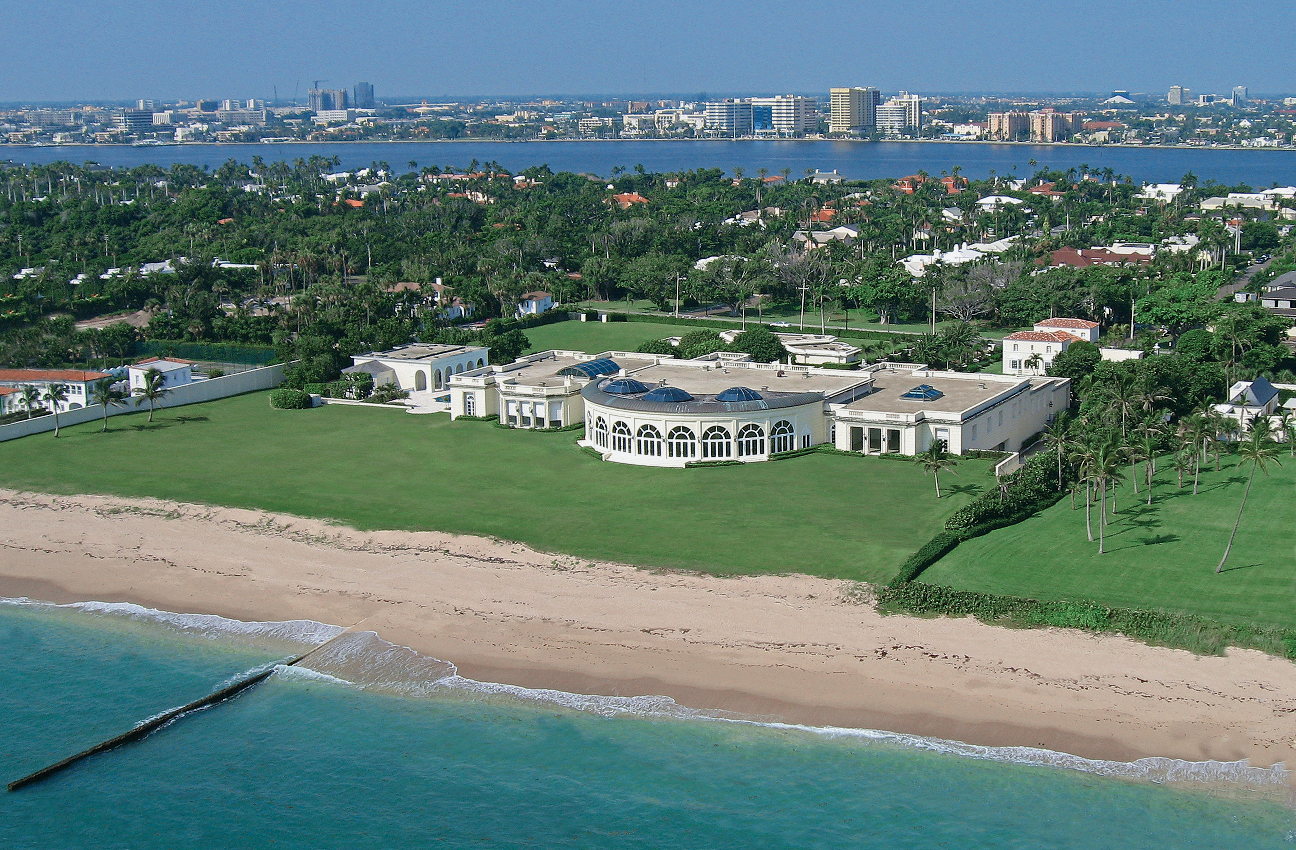 Maison de lamitie this single family home was the most expensive home ever fought over in a divorce case donald trumps of course