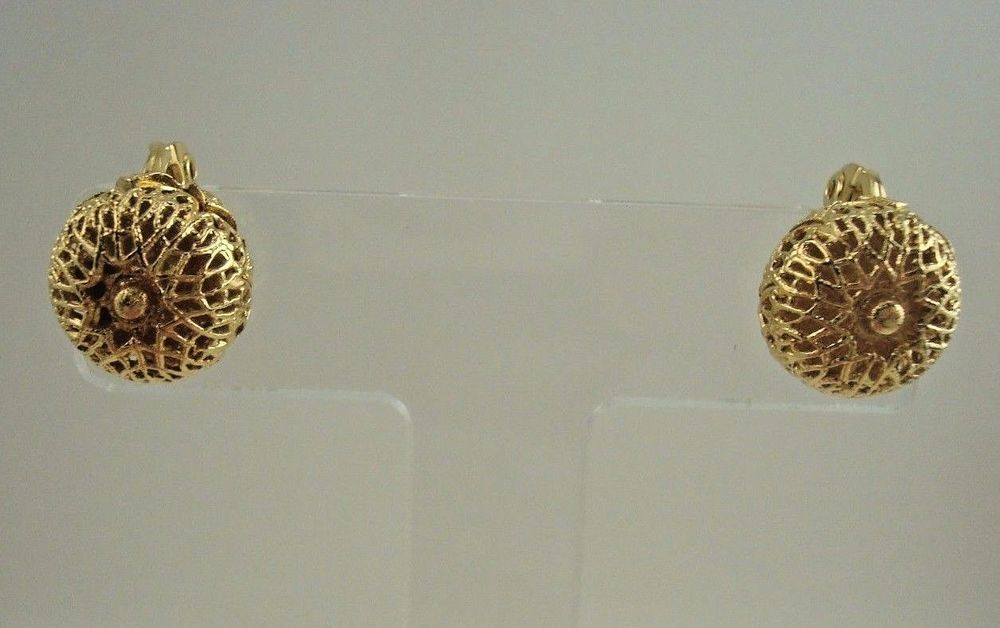 7fdd00a4c8a Vintage MONET Signed Filigree Round Dome Clip On Earrings Gold Tone Classic   Monet  ClipOn