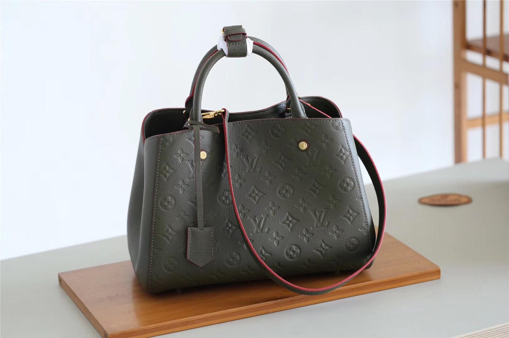 91c726fb M43660 Louis Vuitton Fall-Winter 2018 Premium Montaigne MM-Kaki Fango For  the dynamic businesswoman, the Montaigne MM is ideal.