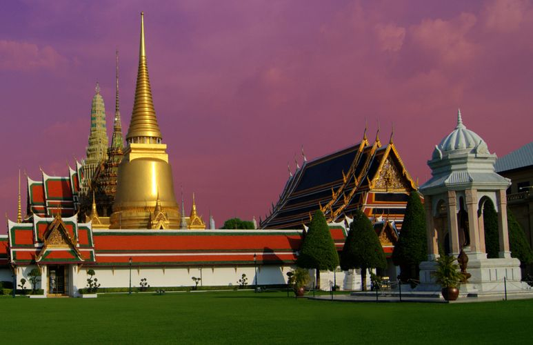 tourists will be allowed to visit the temple of the emerald buddha and parts of the