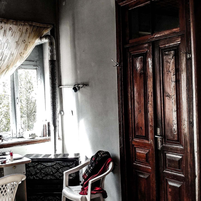 Beautiful old house in Iran,Gilan provinces. Who wants to stay here😍 . . . . ... - #beautiful #gilan #house #provinces #wants - #Iran