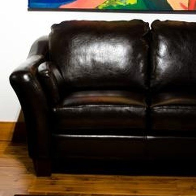 Chesterfield Sofa How to Get Pet Odor Out of Leather Furniture