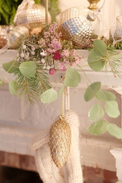 simple french country christmas french country cottage home bloggers pinterest french country christmas christmas dcor and shabby