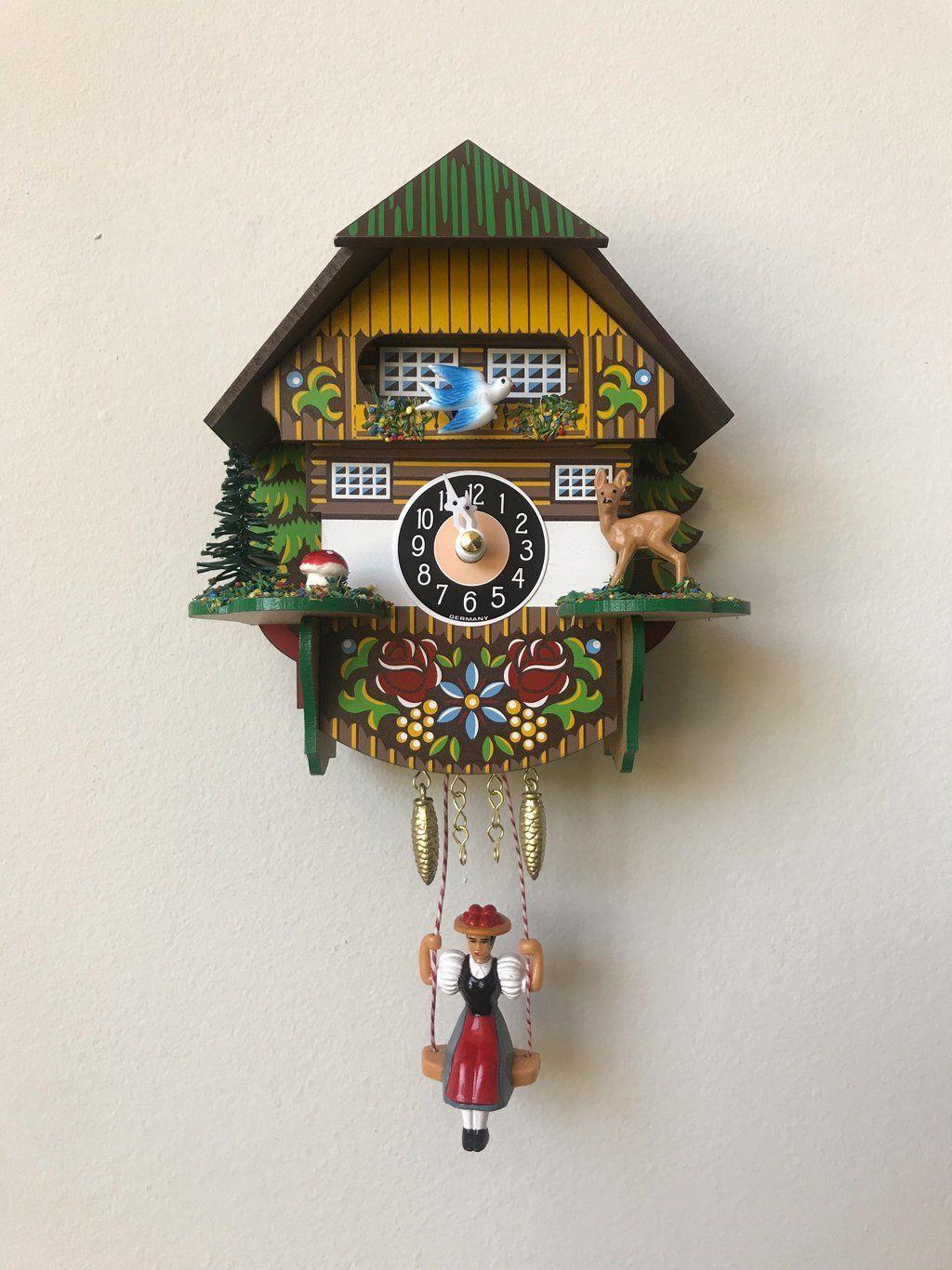 Deer Cuckoo Clock Heirloom Art Co Cuckoo Clock Clock Clocks Inspiration