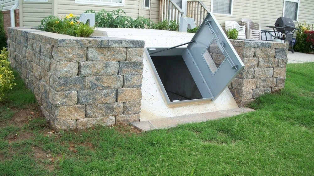 How To Build Your Own Underground Bunker For Survival Doomsday Prepping Underground Bunker Building A Bunker Underground Shelter