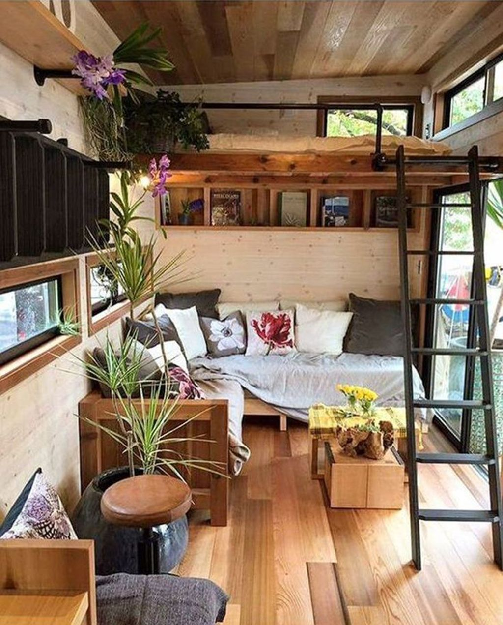 33 gorgeous tiny house interior design and decor ideas in on diy home decor on a budget apartment ideas id=76186