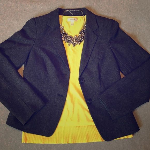 NWOT Charcoal Gray Blazer Classic 2-button blazer in a dark, charcoal gray color. NWOT; size medium; outershell is 82% polyester, 16% viscose rayon, and 2% spandex; no rips or stains. This item in exceptional condition. If it fit me properly, it would be one of my wardrobe staples! (Yellow sweater and necklace are not for sale.) The Limited Jackets & Coats Blazers