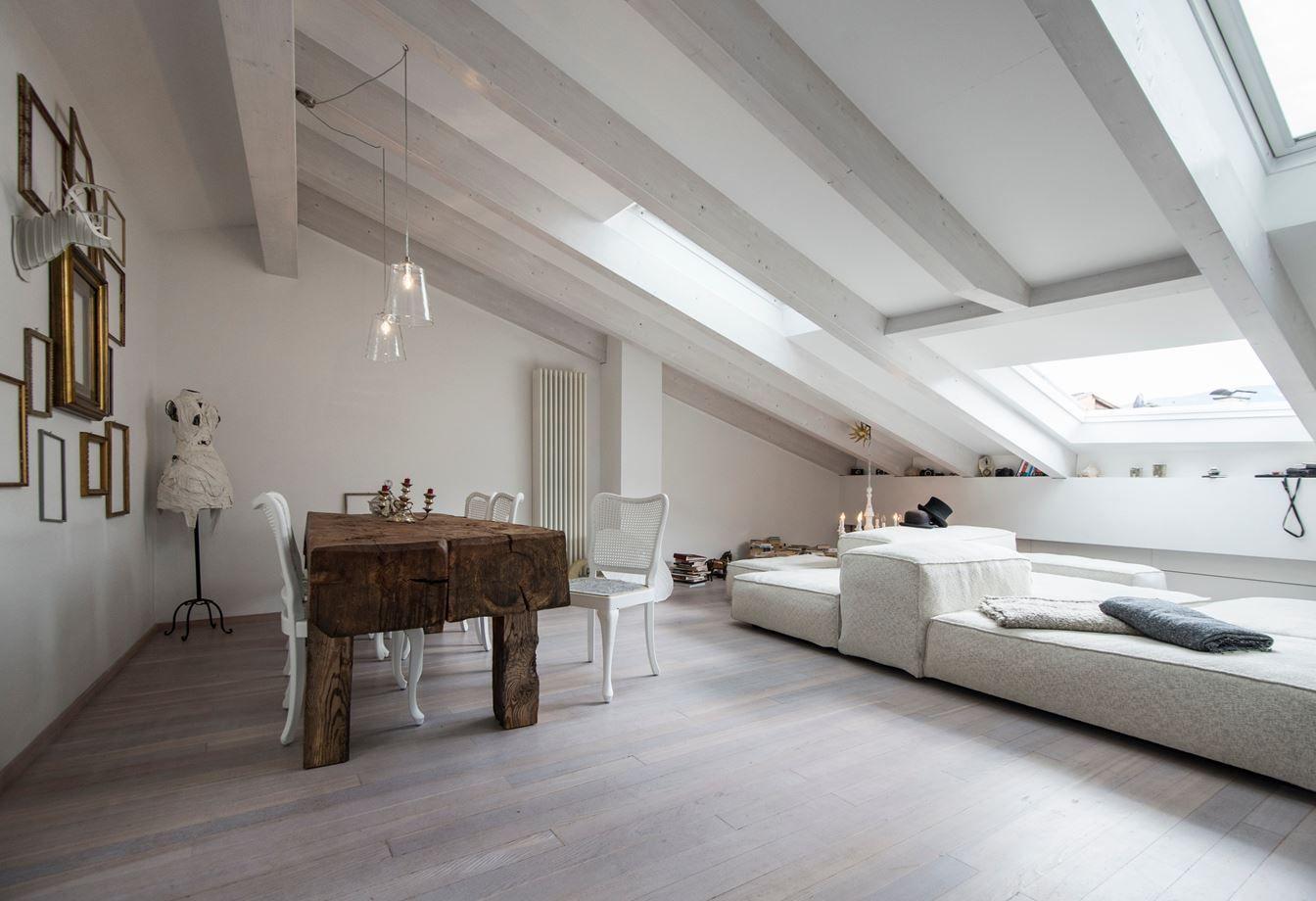 Gentle skin picture gallery soffitto con travi in for Interni e design