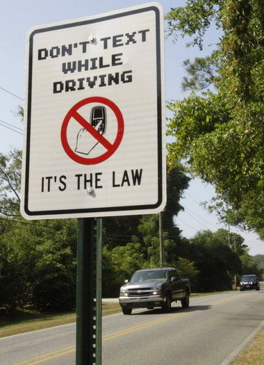 banning texting and driving Legislation specifically banning texting and driving is also becoming more  common in some parts of the world in buenos aires, argentina,.