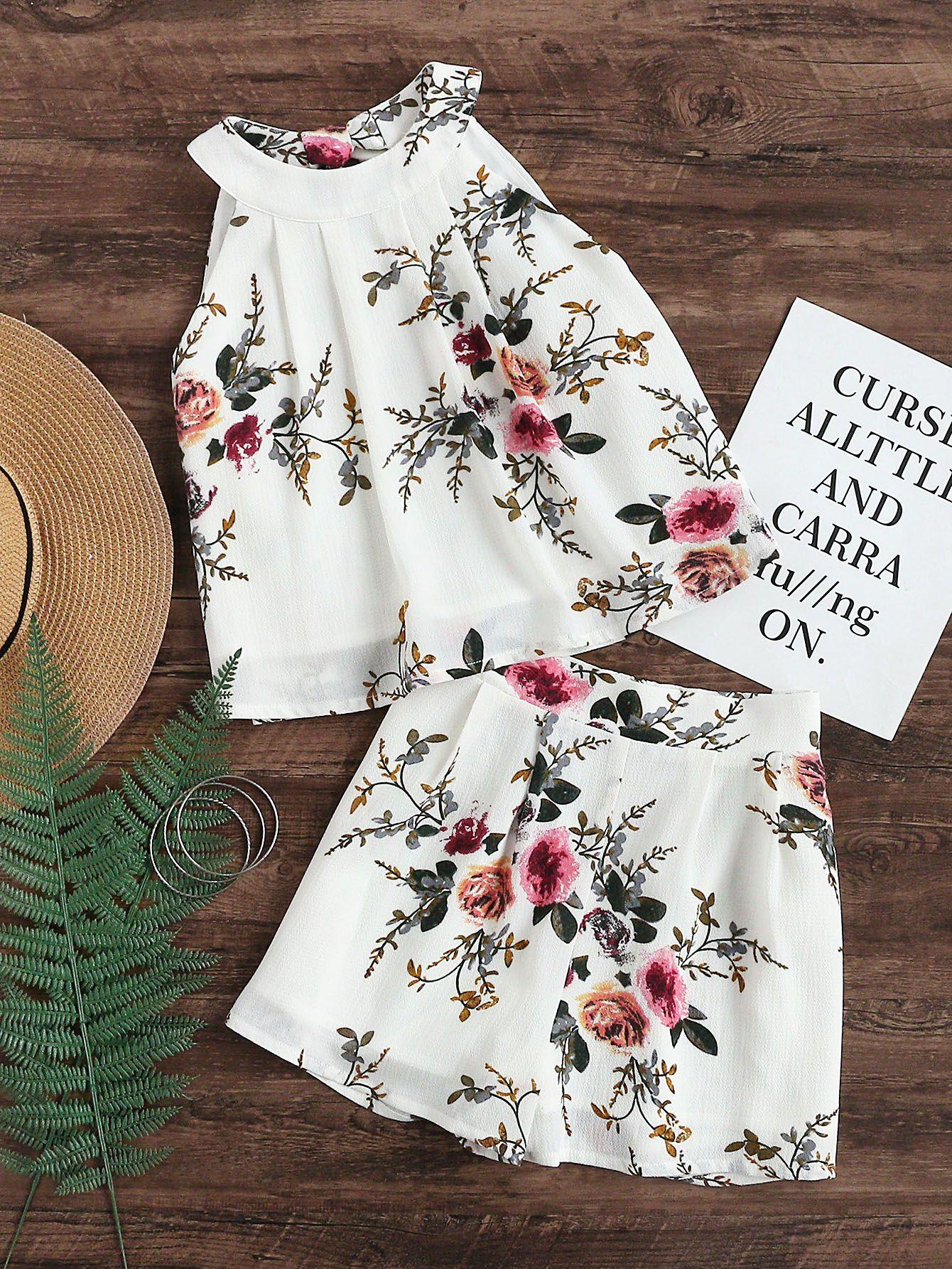 Top ras de cou imprimé des fleurs avec des plis et un trou   Shorts ... 6399d087193