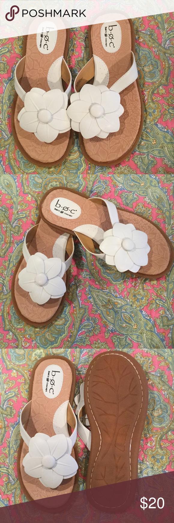 Boc Born Size 8mw White Flip Flops Sandals My Posh Picks