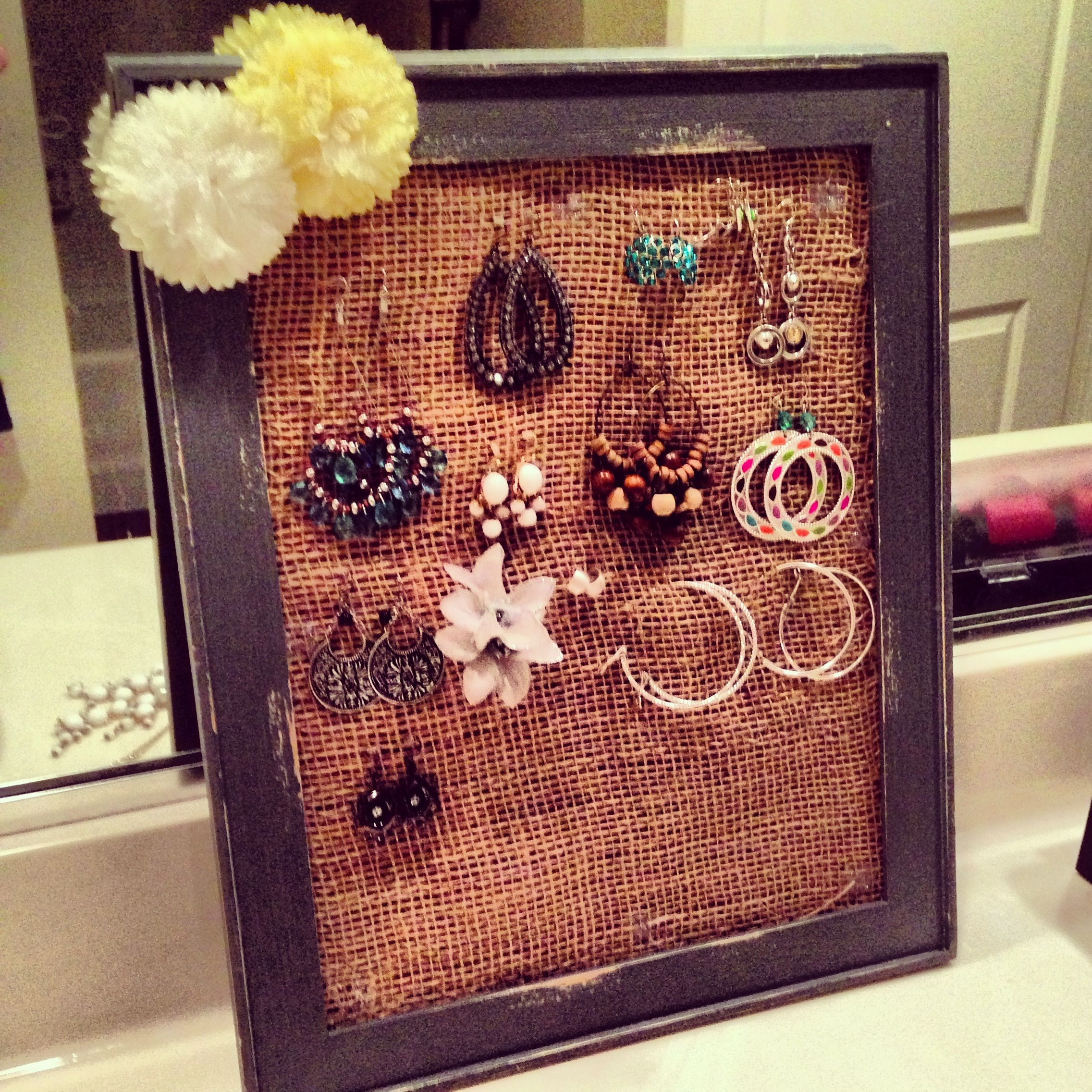 Diy Jewelry Holder Simple Burlap Frame And Fabric Flowers Diy Jewelry Holder Diy Crafts For Boyfriend Framed Burlap