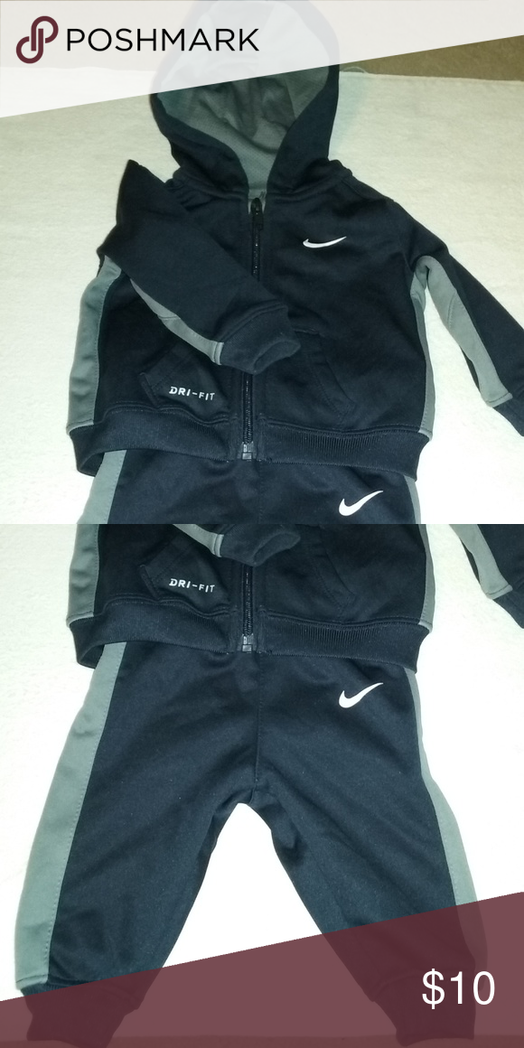 ce4ce58b7d Nike Two Piece Set This item is in great condition. Nike Matching Sets