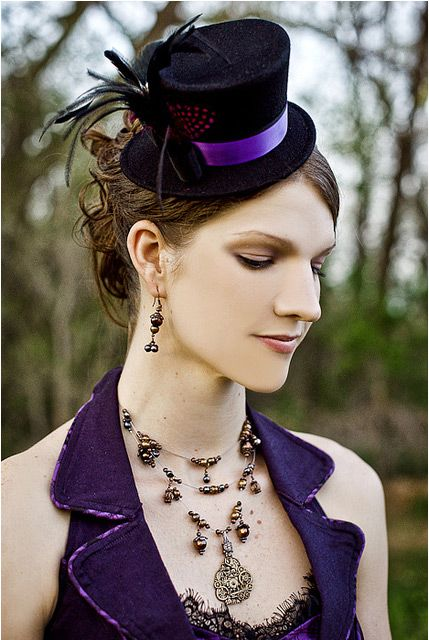 #steampunk bridesmaid... Wedding ideas for brides, grooms, parents & planners ... https://itunes.apple.com/us/app/the-gold-wedding-planner/id498112599?ls=1=8 … plus how to organise an entire wedding, without overspending ♥ The Gold Wedding Planner iPhone App ♥