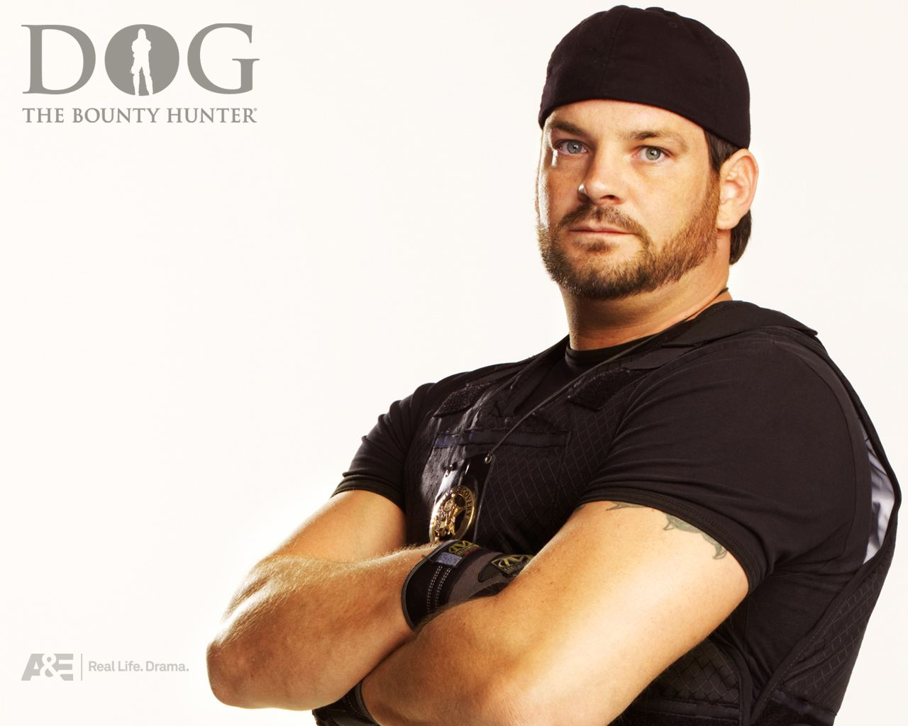 Duane Lee - dog-the-bounty-hunter Wallpaper. I think he's HOT!