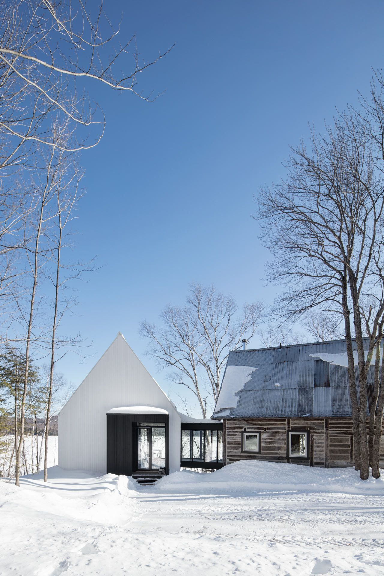 Acdf Architecture Designs A Modern Prism Like Addition For Traditional House In Canada Architecture Architecture Design House Architecture Design