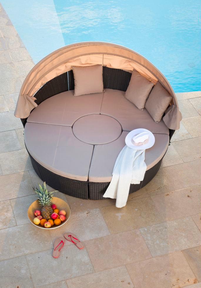 Der Wow Effekt Fur Deinen Garten Das Loungebett Ist Immer Ein Favorit Die Elemente Lassen Sich Ausserdem Verschieben Und Variabel Ein Loungebett Lounge Tahiti