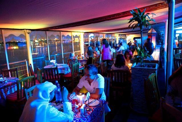 QDu0027s Al Sultan tent Located in the Dubai Creek Golf u0026 Yacht Club in Deira the air-conditioned tent offers a range of hot and cold Arabic mezze ... & QDu0027s Al Sultan tent Located in the Dubai Creek Golf u0026 Yacht Club in ...