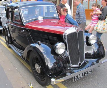 Vintage Car Spotted In Brighouse West Yorkshire Uk Pellon Tyres
