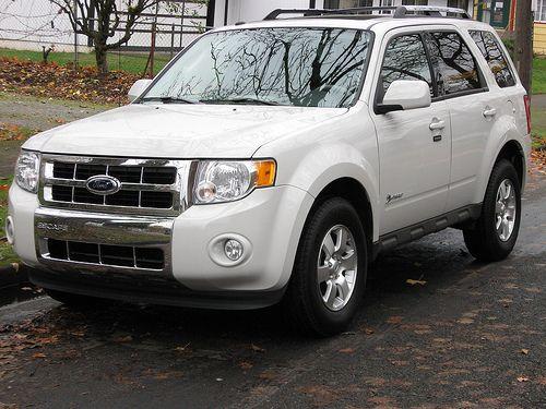 Ford Escape Hybrid In White 3 Ford Escape Best Gas Mileage Dream Cars