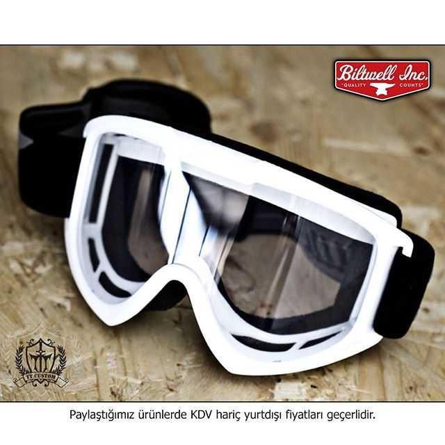"""BiltwelI Goggles TT Custom Showroomlarda ve ttcustomshop.net'te! 39 €  0216) 541 91 90 - (0242) 349 28 30  Biltwell Goggles available in our showrooms and on our website ttcustomshop.net!  #biltwell #vintage #safe #special #accessories #goggle #eyewear #good #design #trend #TagsForLikes #photooftheday #instabike #instagood #instamoto #motorbike #motorcycle #bike #ride #race #road #rideout #rock #life #lifestyle #freeway #fashion"