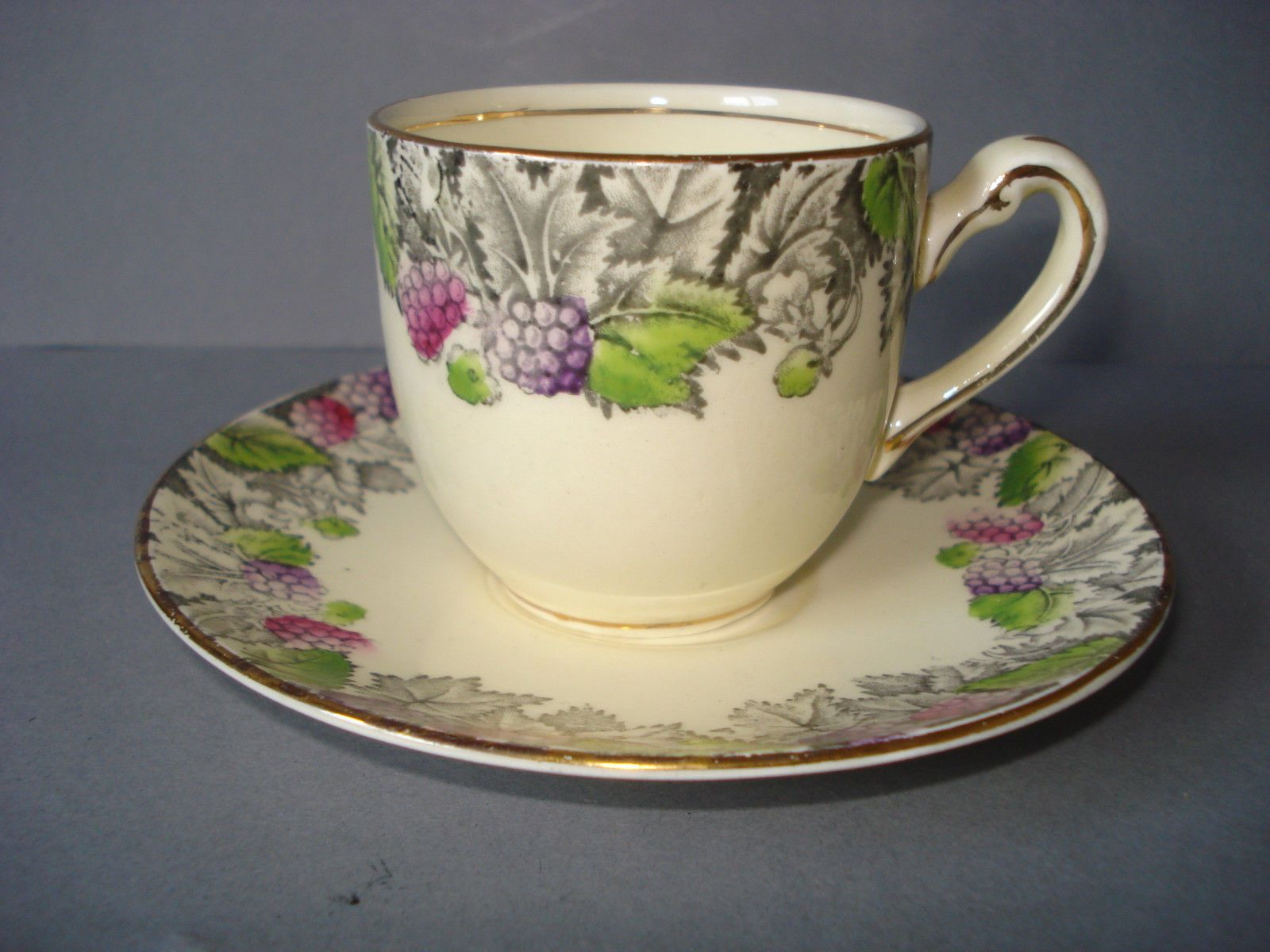 4x Marigold tableware plastic cup//saucer//side plate tea set Made in UK