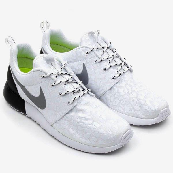 Nike Wmns Roshe Courir Pack Léopard Noir / Blanc