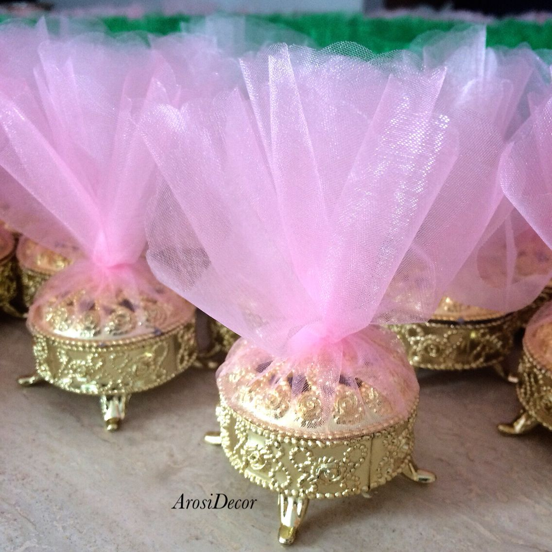 Gold favor boxes with pink tulle for nikkah #favorboxes #favors ...