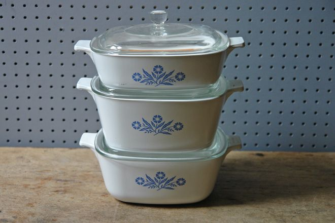 Set of vintage Pyrosil casserole dishes   H is for home