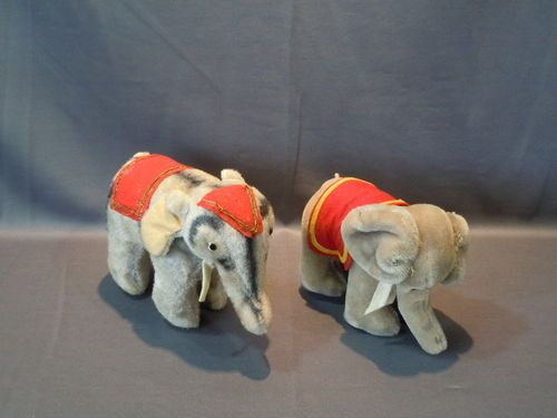 2 Vintage Steiff Stuffed Circus Elephants Mohair w Felt Tusks Blanket   eBay